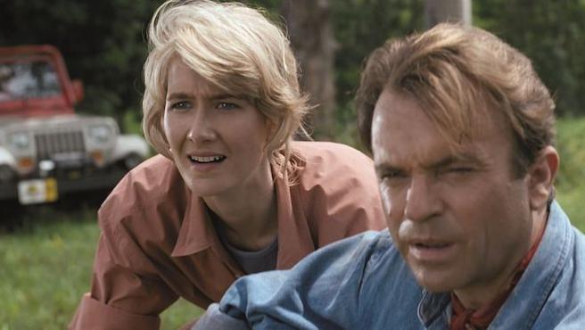 Laura Dern ya está con Sam Neill rodando 'Jurassic World: Dominion'