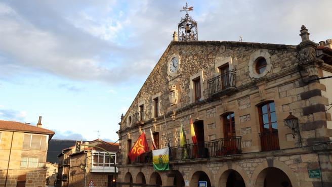 Ayuntamiento de Valderredible en Polientes
