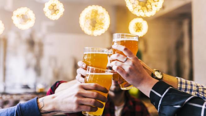Son pocos los que se resisten a disfrutar de una cerveza fresquita.