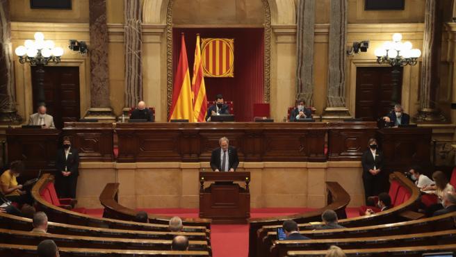 El presidente de la Generalitat, Quim Torra, en el pleno del Parlament sobre la monarquía.