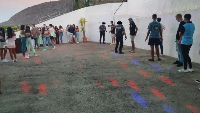Fiesta desmantelada en Güímar