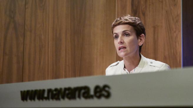 Maria Chivite Presidenta de Navarra Santos Indurain, Consejera de Salud del Gobierno de Navarra .en la rueda de prensa explicando la llegada del fin del estado de alarma Navarra, la otma de medidas y consejos por el COVID19
