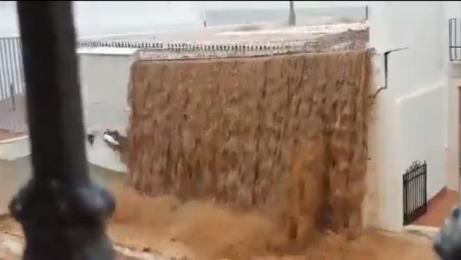 El muro derribado en Estepa