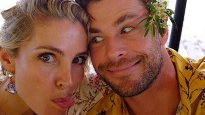 Chris Hemsworth responde a la burla de cumpleaños de Elsa Pataky
