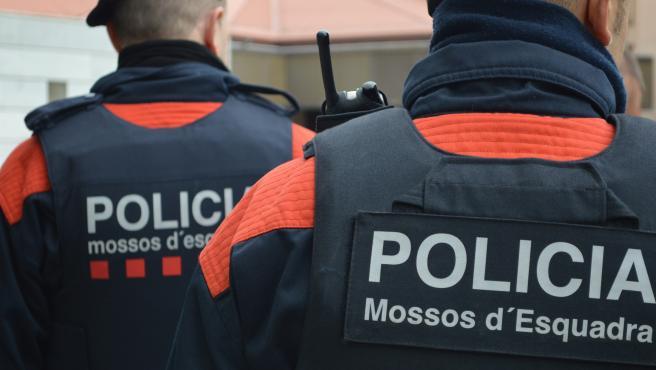 Dos agentes de los Mossos d'Esquadra (Recurs)