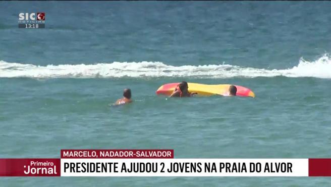 Las cámaras de televisión captaron el momento en que Rebelo de Sousa se lanzó al agua para socorrer a dos bañistas en el Algarve.