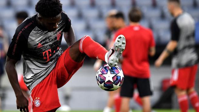 El zurdo del Bayern se consagró en la goleada del Bayern al Barcelona.