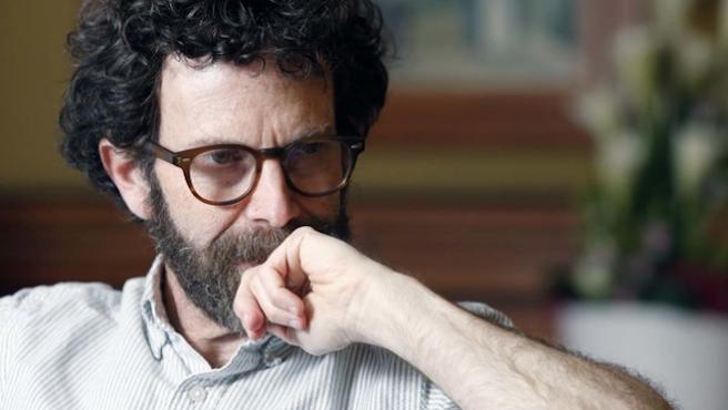 Una pandemia que causa estupidez: Charlie Kaufman retoma 'IQ83' como miniserie