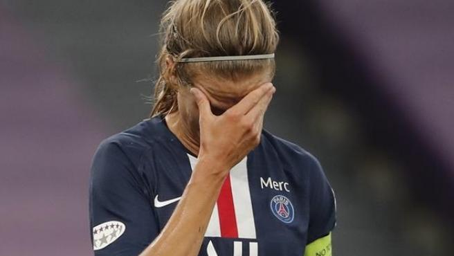 Irene Paredes se lamenta durante el partido de semifinales ante el Olympique.