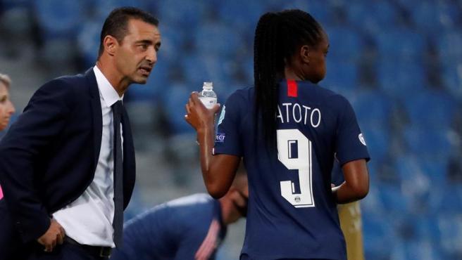 Olivier Echouafni, entrenador del PSG femenino.