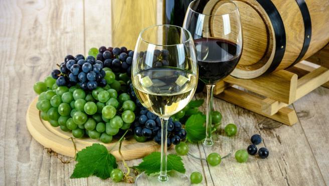 El mes de septiembre es el mes la vendimia, época en la que se recoge la uva para elaborar el vino.