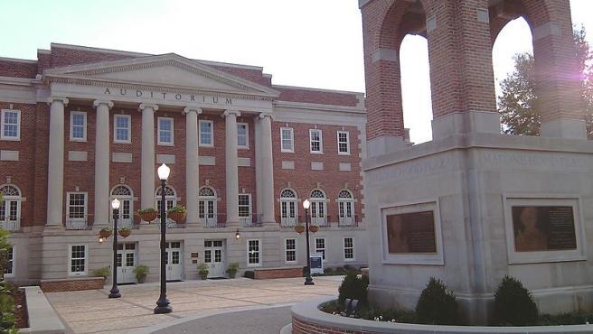 Imagen del campus de la Universidad de Alabama en Tuscaloosa.