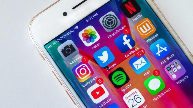 La jerga de las redes sociales está plagada de anglicismos y adaptaciones del lenguaje.