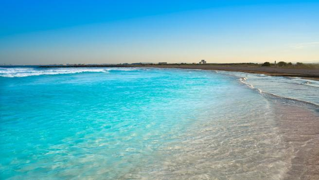 Las playas de Agaete, San Antolín y Massamagrell, ganadoras de la nueva edición de #MiPlayaSinPlásticos. En la imagen, playa de Massamagrell