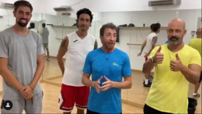 Pablo Motos, preparando el nuevo baile de 'El hormiguero'.