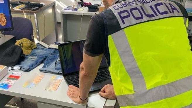 Desmantelan en Mallorca un grupo que suplantaba a terceras personas para sacar dinero del banco