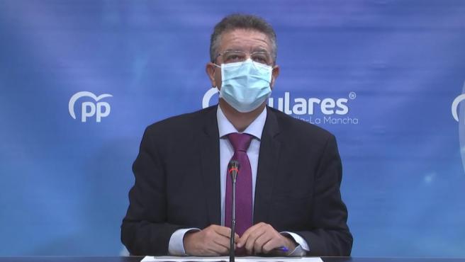 El diputado del PP en las Cortes de C-LM, Juan Antonio Moreno, en rueda de prensa