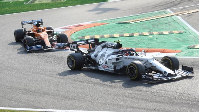 Pierre Gasly, delante de Carlos Sainz en el GP de Italia de Fórmula 1