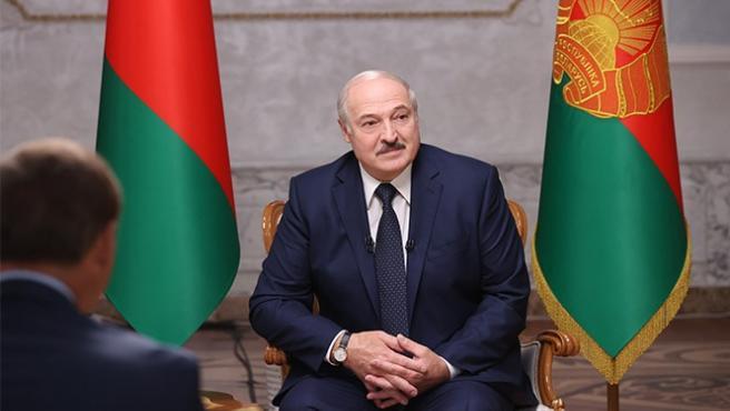 Bielorrusia.- Lukashenko admite que puede que haya estado 'demasiado' en el pode