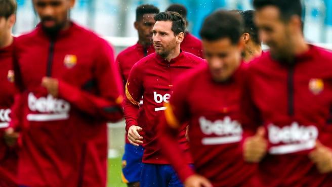 Leo Messi, en el centro de la imagen, en el entrenamiento del 9 de septiembre de 2020 con el FC Barcelona