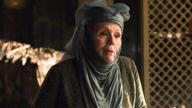 La actriz Dame Diana Rigg en el papel de Olenna Tyrell.