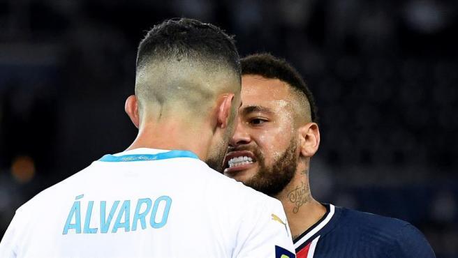 Neymar se encara con Álvaro en el Clásico francés
