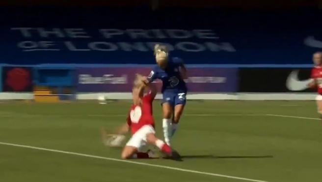 Pernille Harder marca su primer gol con el Chelsea