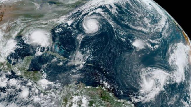 Imagen del huracán Sally con cinco ciclones tropicales activos al mismo tiempo.