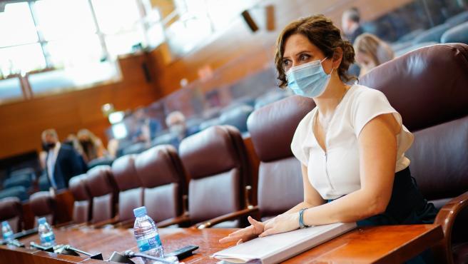 La presidenta de la Comunidad de Madrid, Isabel Díaz Ayuso, este martes en la Asamblea de Madrid.