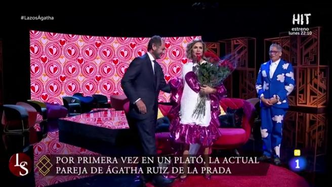 Ágatha Ruiz de la Prada, Luis Gasset y Boriz Izaguirre, en 'Lazos de sangre'