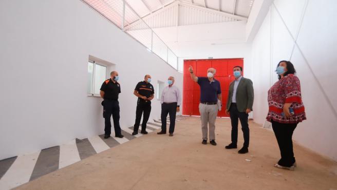 El presidente de la Diputación visita el retén de bomberos de Gérgal (Almería)