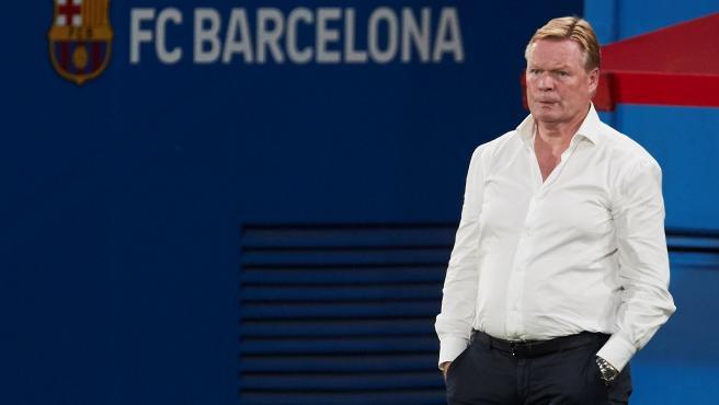 Ronald Koeman, durante un partido del Barça
