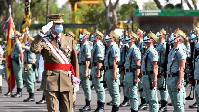 El rey Felipe VI este domingo en el acto de conmemoración del centenario de la Legión en Viator (Almería).