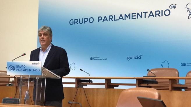 El portavoz del Grupo Popular, Pedro Puy, en rueda de prensa este lunes