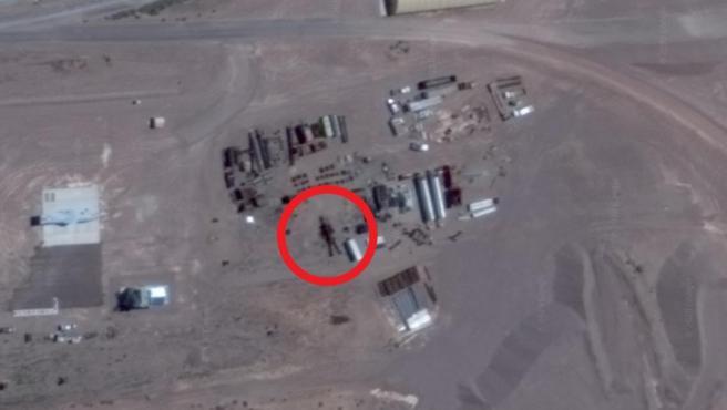 Supuesto robot gigante en el Área 51.