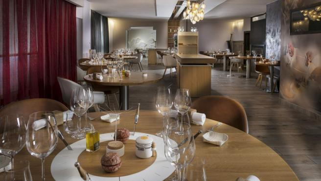 Auberge Du Vieux Puits, mejor restaurante del mundo según TripAdvisor.