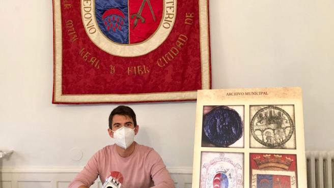 El Pleno iniciará el expediente para la legalización del escudo y la bandera de Calahorra