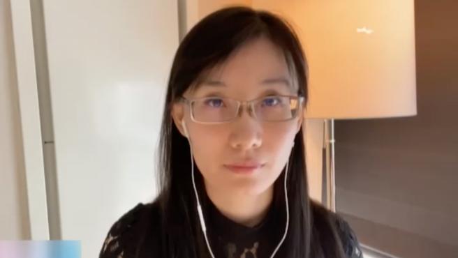 Li-Meng Yan, la viróloga china que aseguró que tenía pruebas que demostraban que la COVID-19 fue fabricada en un laboratorio en su país, ha subido a Internet un documento de 26 páginas para demostrarlo. El informe, sin embargo, no tiene evidencia científica alguna.