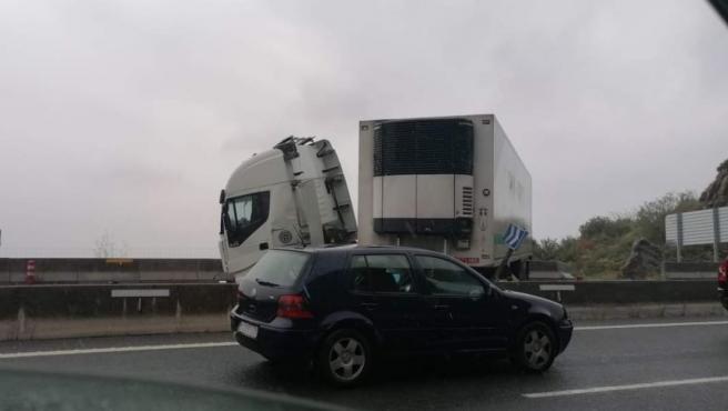 Accidente de camión en Saltacaballo