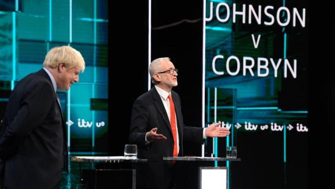 Boris Johnson y Jeremy Corbyn, en un debate electoral.