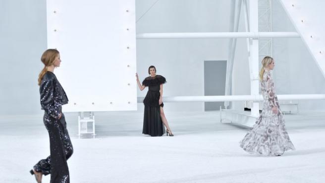 Chanel revive en pasarela a sus heroínas de la gran pantalla.