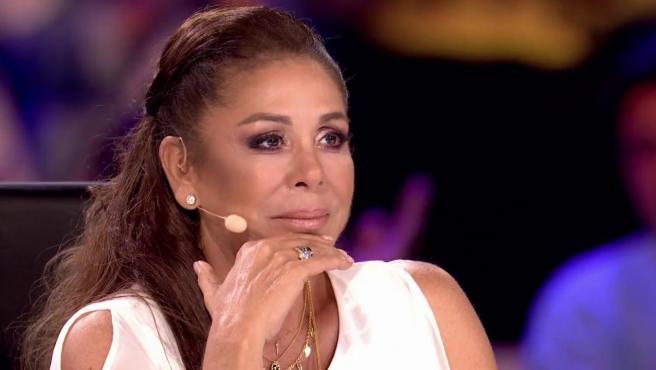 Isabel Pantoja se emociona en 'Idol kids'.
