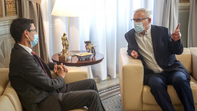 VALENCIA 2020-10-06 El Alcalde recibe al rector de la Universidad de Valencia