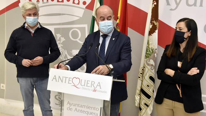 Alcalde de Antequera, Manuel Barón, en rueda de prensa