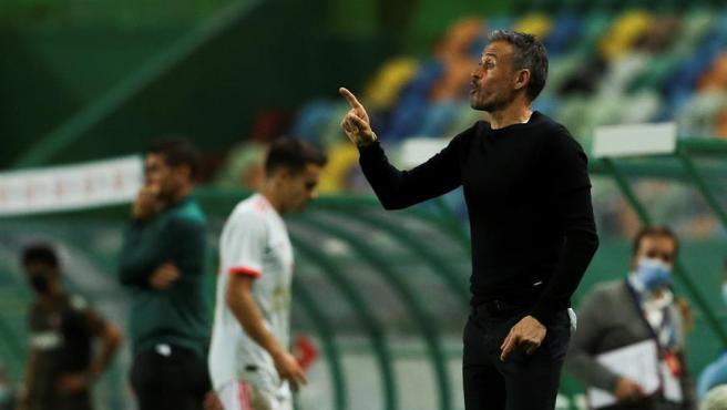 Luis Enrique, durante el partido de España contra Portugal.
