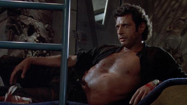Jeff Goldblum recrea otro icónico (y muy sexy) momento de 'Parque Jurásico'