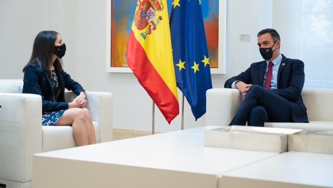 El presidente del Gobierno, Pedro Sánchez, y la presidenta de Ciudadanos, Inés Arrimadas.