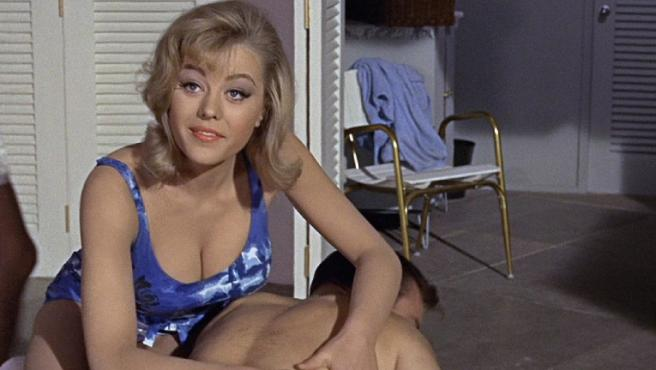 """Muere Margaret Nolan, la """"mujer dorada"""" de 'James Bond contra Goldfinger', a los 76 años"""