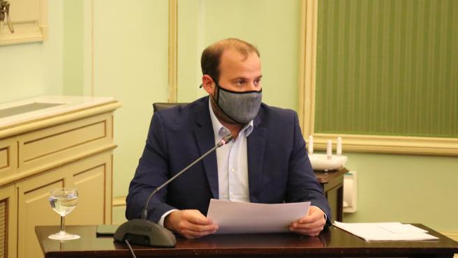 El conseller de Medio Ambiente y Territorio, Miquel Mir, en la comparecencia del Parlament.