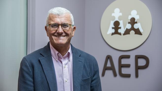 Francisco Álvarez es coordinador del Comité Asesor de Vacunas de la Asociación Española de Pediatría (AEP)